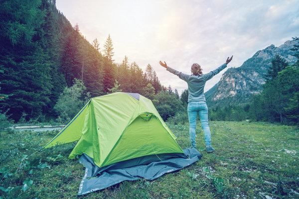 camping-manicure
