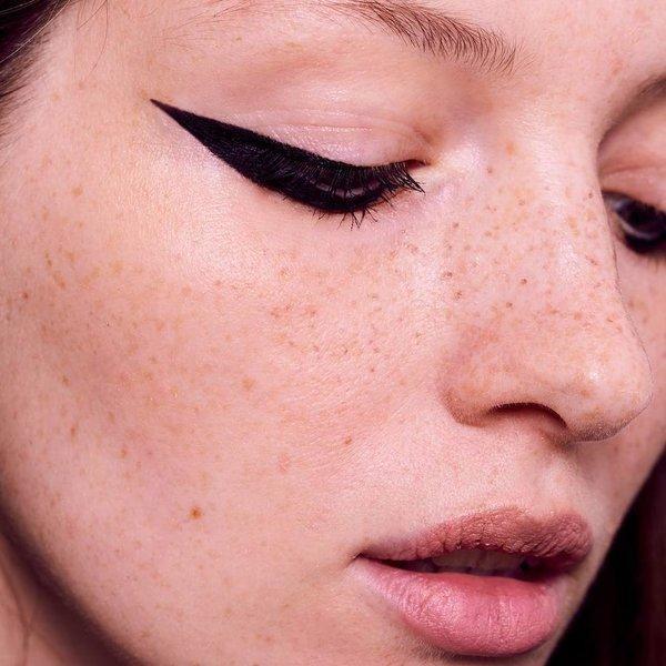 Zašto moraš isprobati grafički eyeliner
