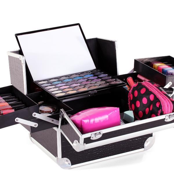Zašto je set šminke nezamjenljiv makeup proizvod