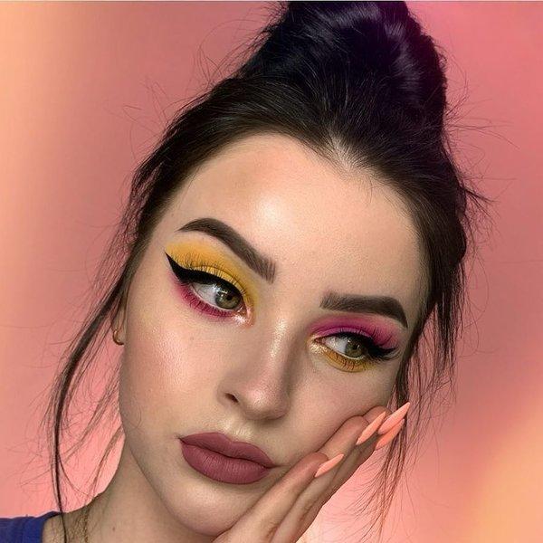 Budući makeup trend: Neusklađena sjenila za oči