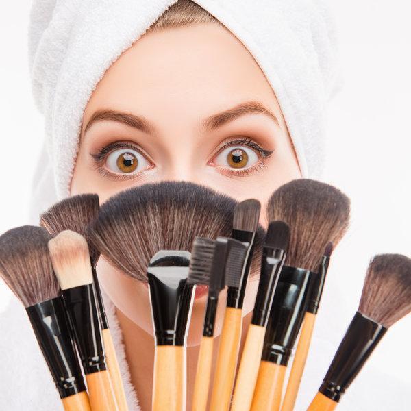 Kako očistiti kistove za šminku