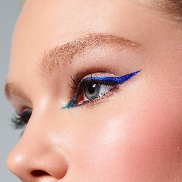 Tuš u boji: najbrži način da izmijeniš cjelokupni izgled