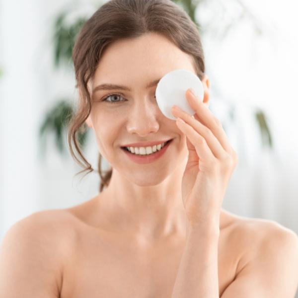 Garnier micelarna voda: Idealno sredstvo za čišćenje lica
